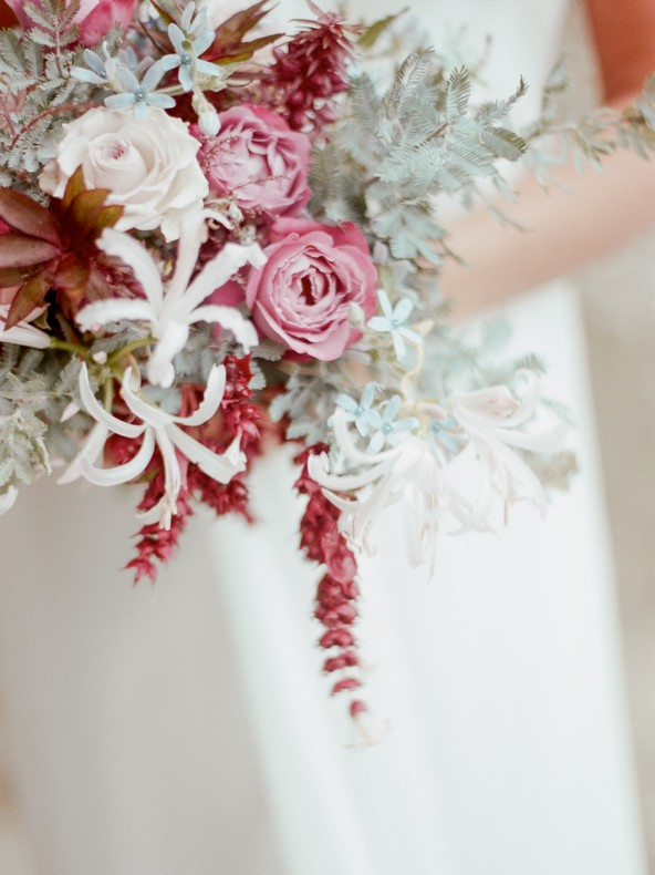 bouquet mariee fleuriste tendance alsace couleur pantone capucine atelier floral
