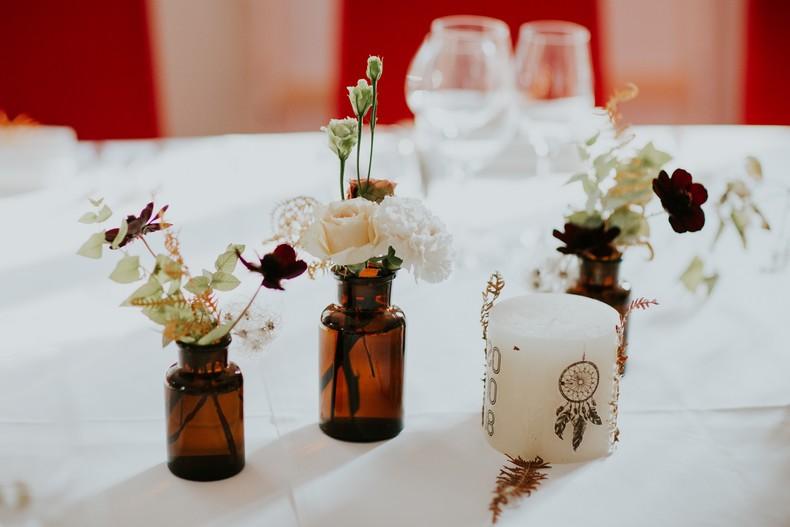 fiole vintage ambrée fleurs couleur automnal fleuriste alsace