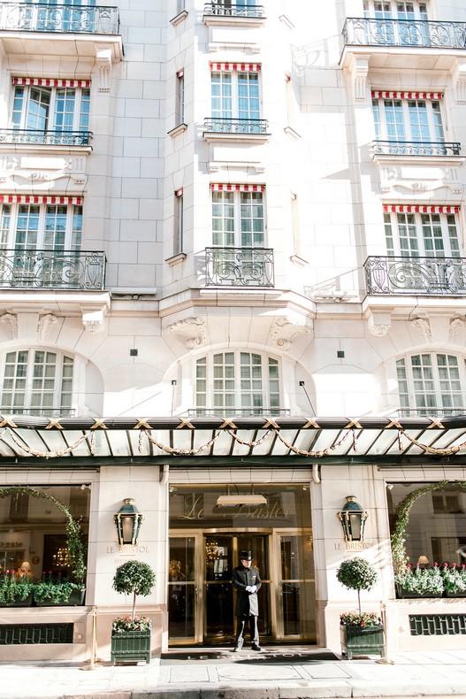 Le Bristol Paris Elopement destination florist wedding capucine atelier floral