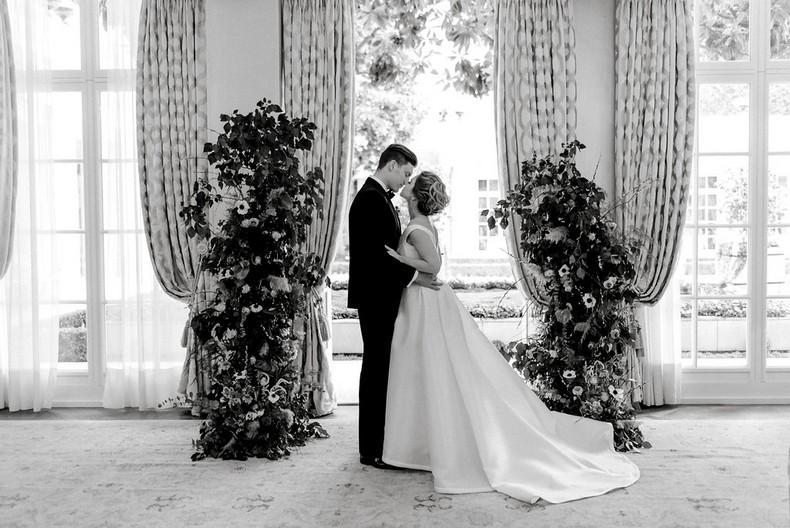 Le Bristol Paris Elopement flowers ceremony fineart destination wedding