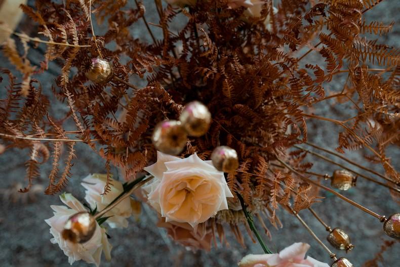 fougere mariage fleuriste rose de jardin alsace