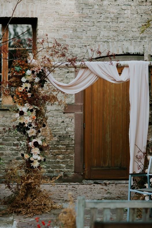arche ceremonie mariage fleuriste alsace automne