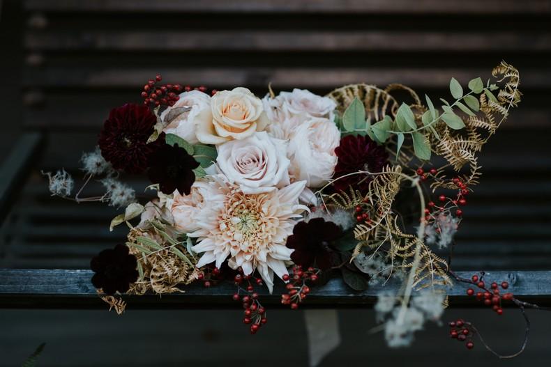 bouquet mariée rose de jardin couleur pastel marsala black