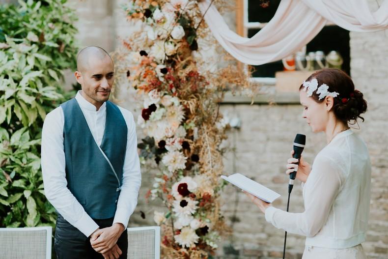 échange voeux mariage cérémonie jardin alsace capucine atelier floral