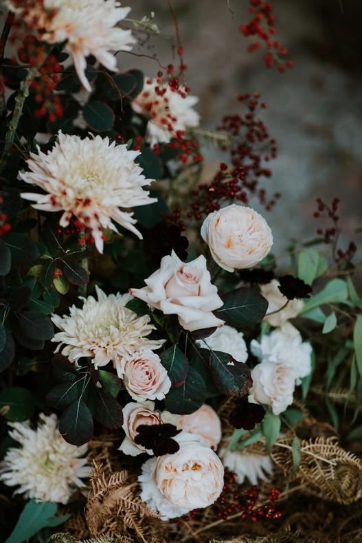 rose de jardin dahlia couleur pêche mariage automne fleuriste france