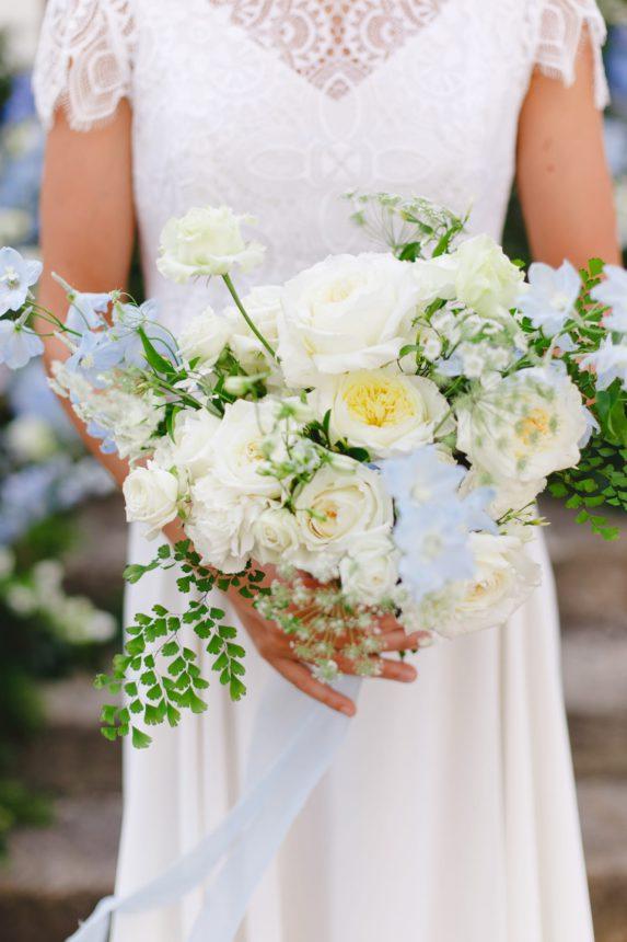 Blue wedding - Wedding florist - Capucine Atelier Floral