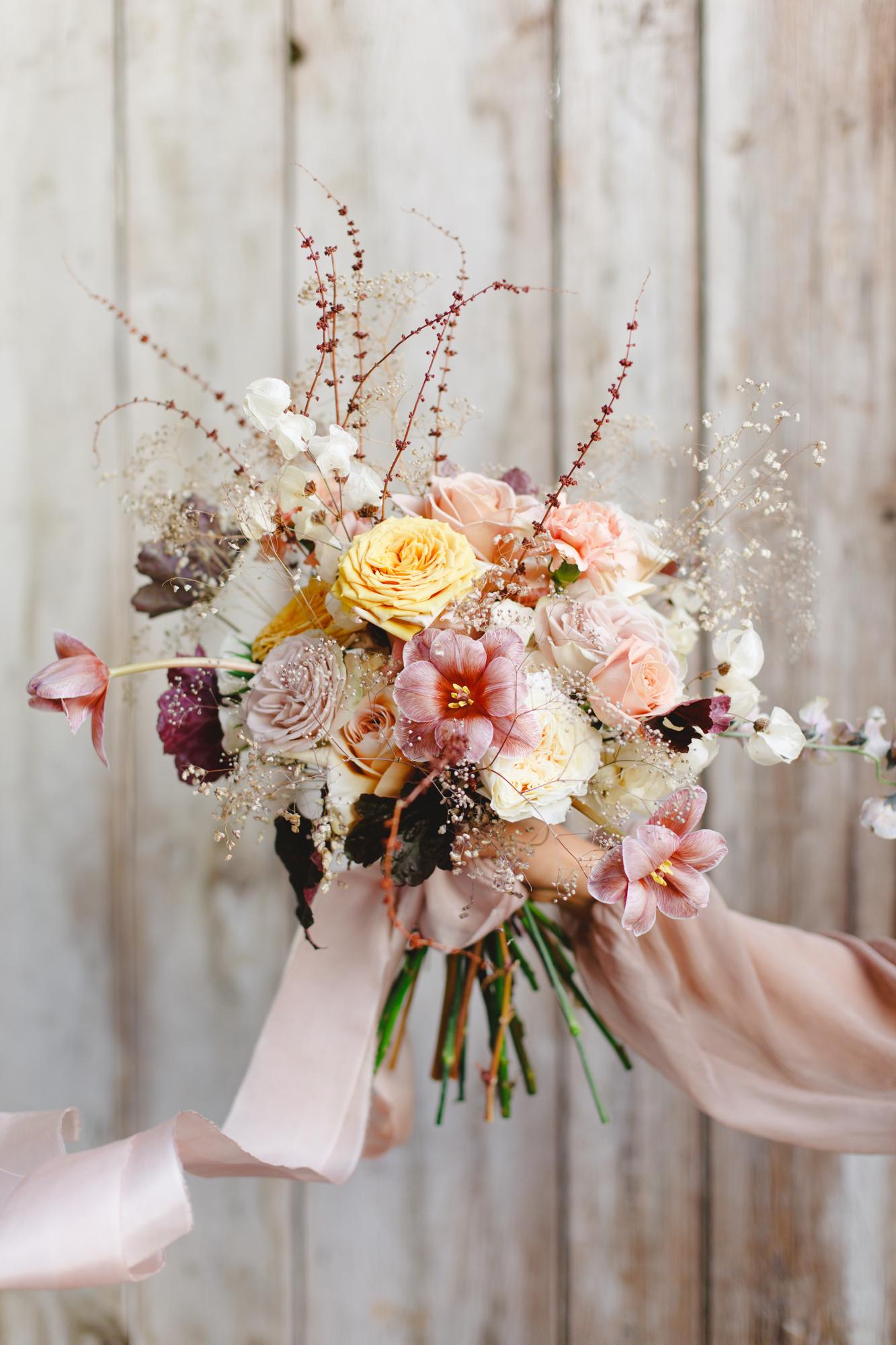 bouquet mariee nouvelle tendance destructure formation fleuriste