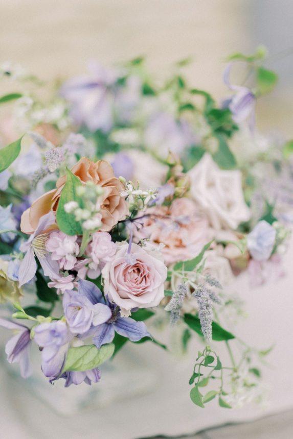 Un elopement at Domaine des Martins in Provence - Atelier Capucine - Floral designer - Fine art wedding - Provence