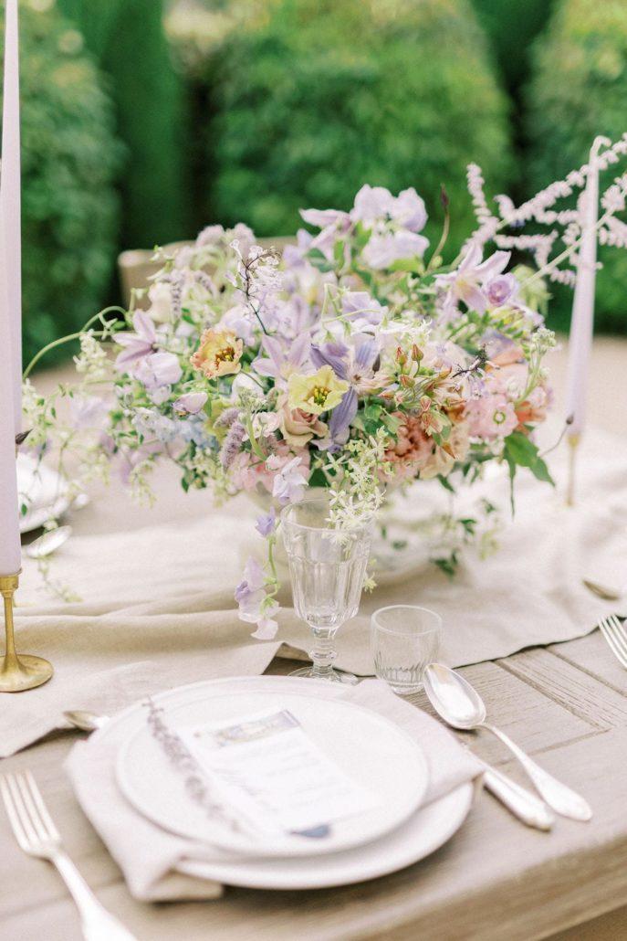 An elopement at Domaine des Martins in Provence - Atelier Capucine - Floral designer - Fine art wedding - Provence